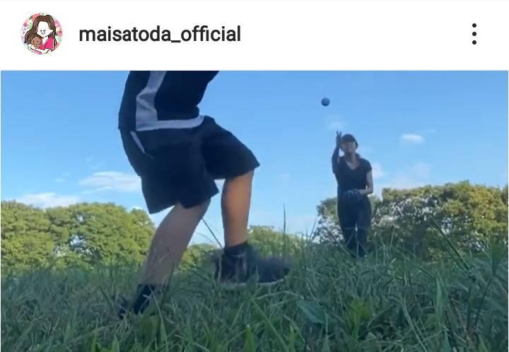 里田まい、長男との野球動画公開&子育ての心境綴る「とっても愛しく思えてきました」サムネイル画像