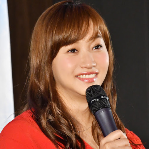 藤本美貴、夫・庄司智春と子供たちの笑顔SHOT公開し反響「ミキティ良かったね」「子供達も嬉しそう」サムネイル画像